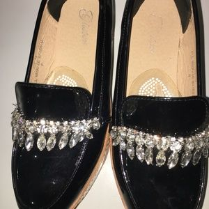 Shoes - Retail $300 Chic one of a kind Chandelier crystal